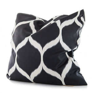 Jim Thompson Black Pattern Cushion(짐탐슨 블랙 패턴 쿠션)